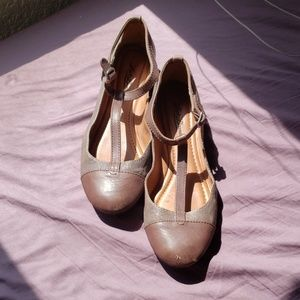 Lucky Brand Gray and Brown Strappy Flats